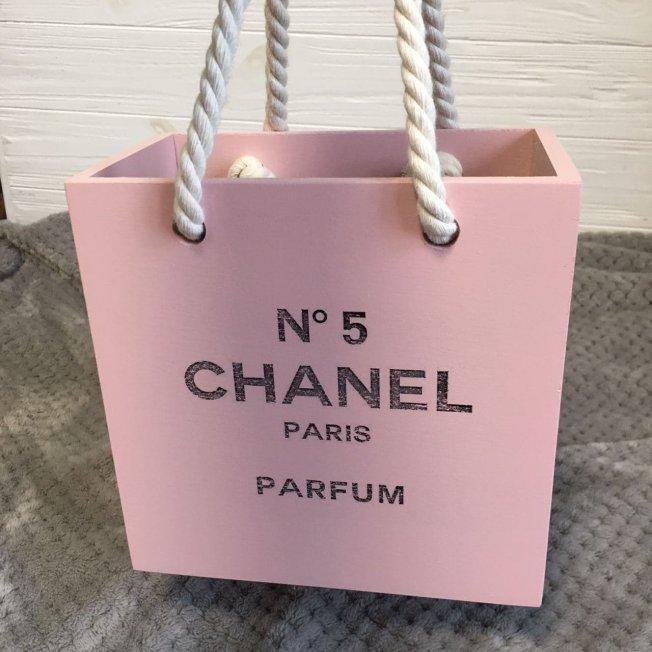 Дерев'яна коробка, органайзер, кашпо «Пакетик Chanel» 20х20х11см